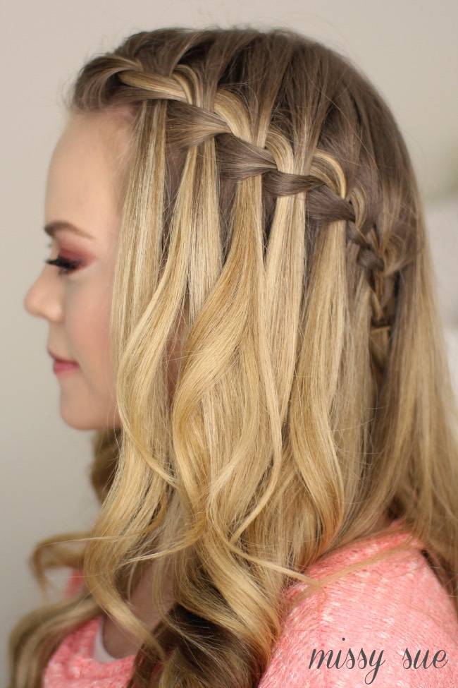A waterfall braid is slighter but is possible and it's using a plait from the other page⬅️