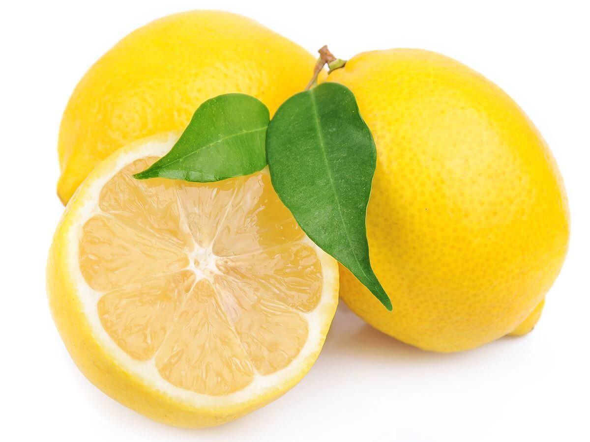 Lemon (optional) I use lemon to give my lipscrub a good smell and taste