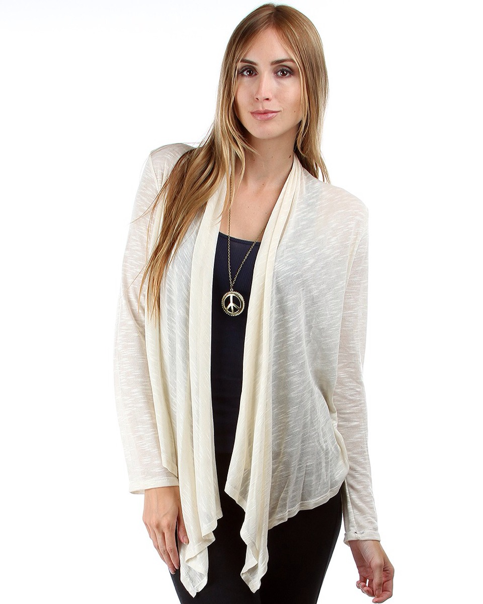The perfect fall and winter outfit includes a cardigan, jeans, riding boots, and a scarf or necklace! Cardigans are perfect for any body type because they make everyone look more rustic and inviting! Leaner people can rock cardigans but so can wider people! Cardigans are perfect for any frame!