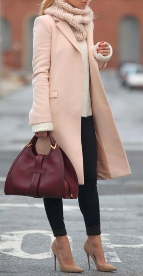 13. Winter Business Look With Pastel Coat
