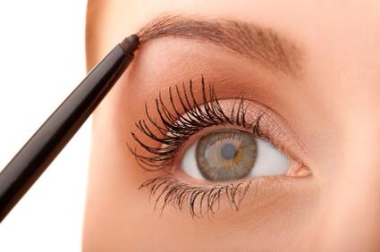 Apply to eyebrows to grow over night!
