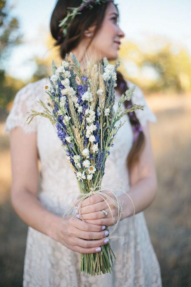 3. Scentscape  ur Day:Companies like Gemma Hopkins', Design In Scent can create a gorgeous bespoke scent that will become the fragrance backdrop to ur day. For a DIY , think verbena candles, lavender centrepieces/ freesia bouquets. A wedding that smells as good as it looks is steeped in romance.