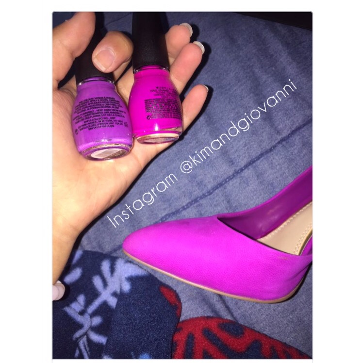 """The dress"" blue or gold just became ""the shoe"" pink or purple?"