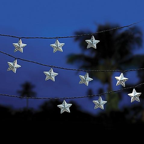 4b) Or if you're not so fond of red cup string lights and are more of a star person, these cute star-string lights will work just as well in illuminating and decorating your room.