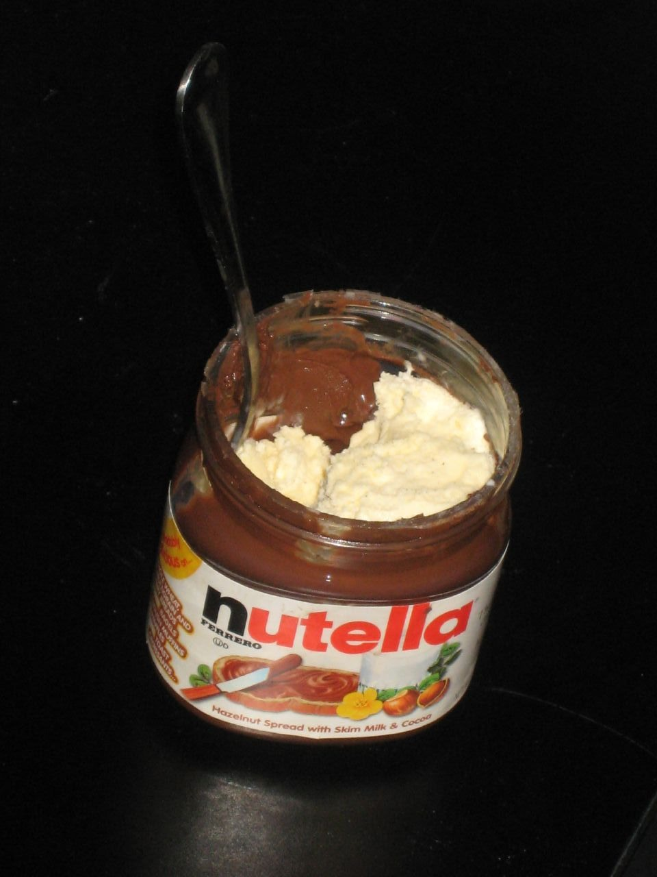 Almost finished with your nutella ? Add ice cream(: