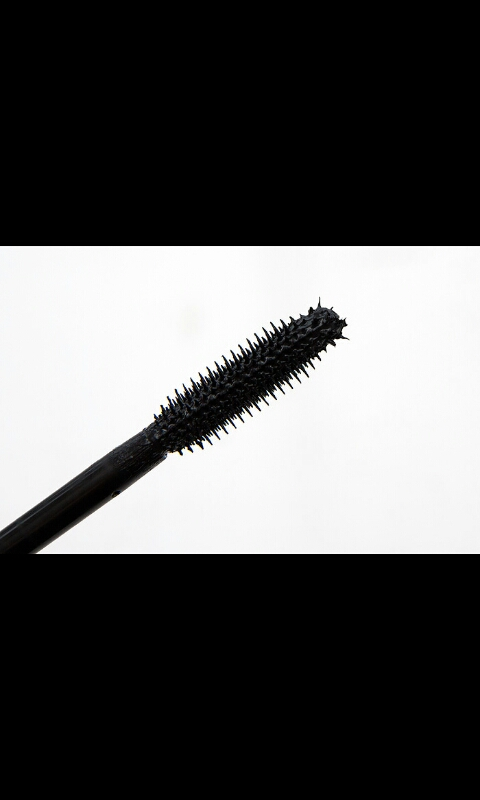 Clean Mascara Brush
