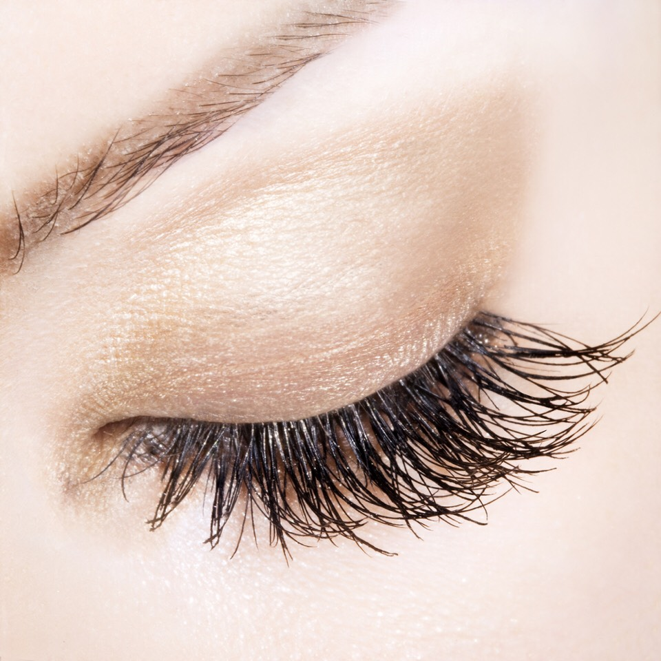 Fake eyelashes are nothing new; for decades beauty queens, celebrities and models have been using fake eyelashes and eyelash extensions to enhance their natural beauty.