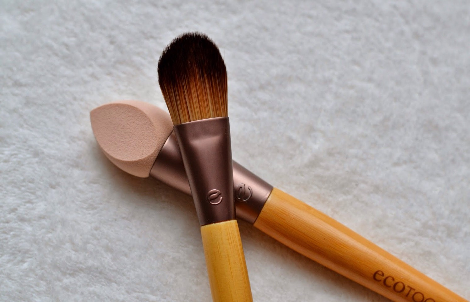 Dab the foundation around the face evenly using either a beauty blender or foundation brush, there are many on the market.