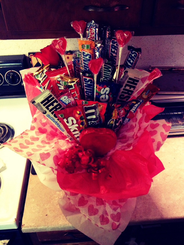 Awesome Valentines Day Gift! Candy Bouquet 😊