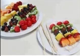 Prepare fruit skewers!