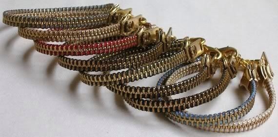 This is the link for the video step by step how to make this cute zipper bracelet!! I hope u enjoy it! :)   http://youtu.be/KS6zGvXMS9g