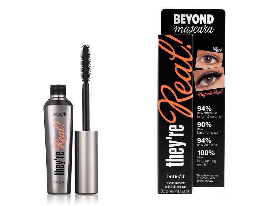 This mascara is literally my favourite,it just does everything you want your lashes do to it really makes them huge,and makes them look fuller and really fake looking,I get complimented on this mascara so much,I highly recommend this👑💖