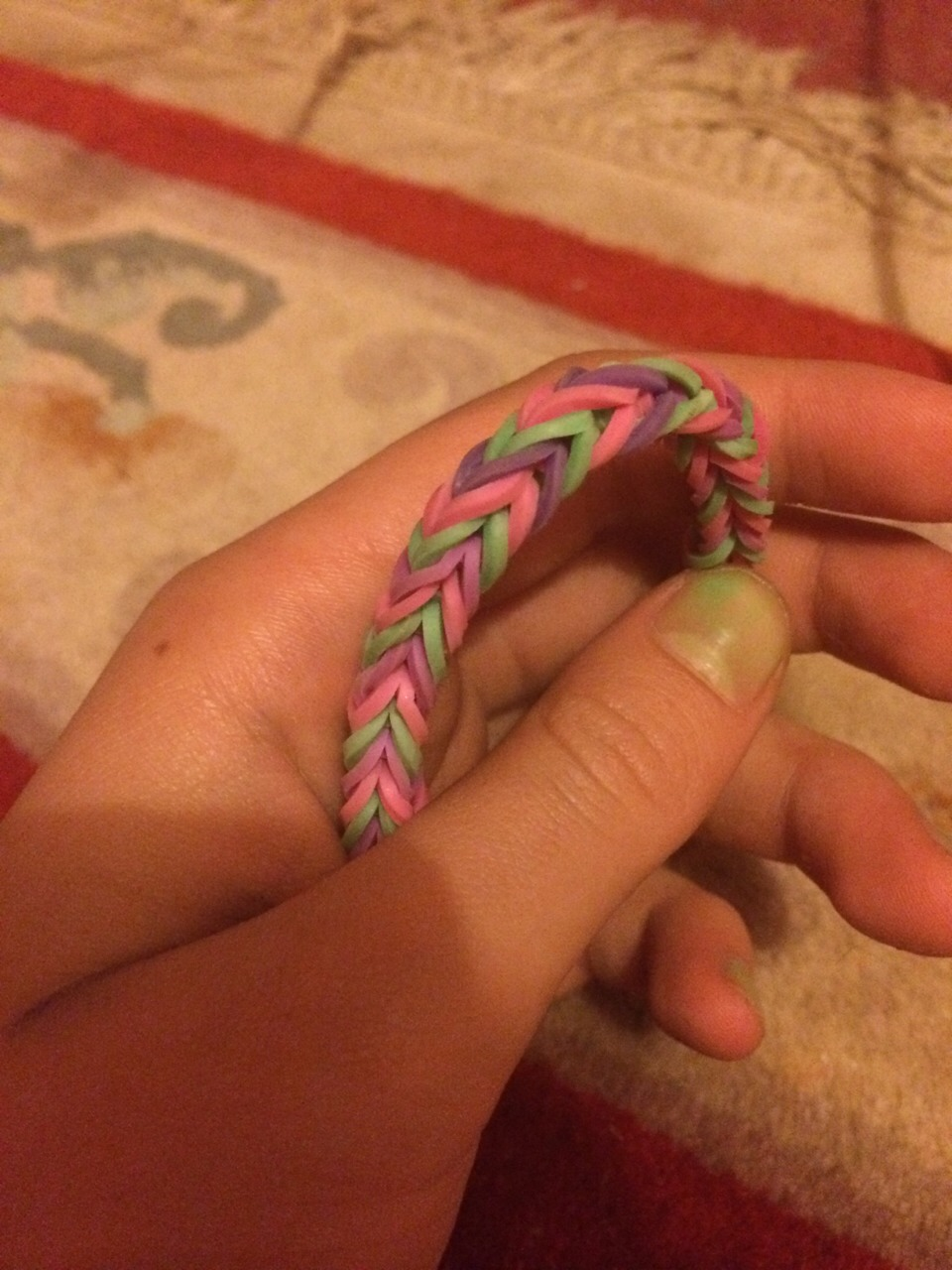 How to make this loom band