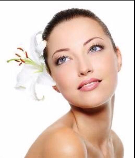 Now you can say goodbye blackheads and hello beautiful skin. 😘 http://www.ulta.com/super-loofa-facial-mitt?productId=xlsImpprod13841019