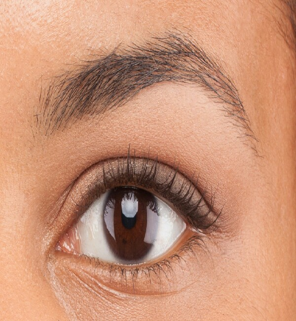 To remove redness from recently plucked eyebrows simply apply tea tree oil for immediate results :)