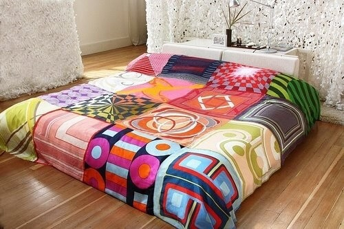 Make a comforter youdefinitely want to climb under.