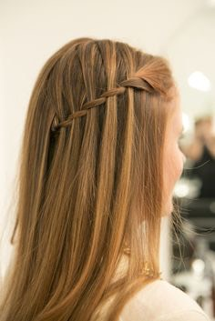 Waterfall Braid The waterfall plait is the laissez-faire way to braid. It's more like a twist because you let one strand fall through the cracks, creating a cascading look.