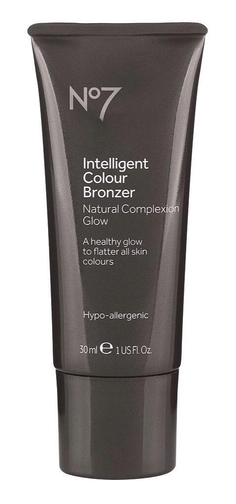 No7 intelligent colour bronzer