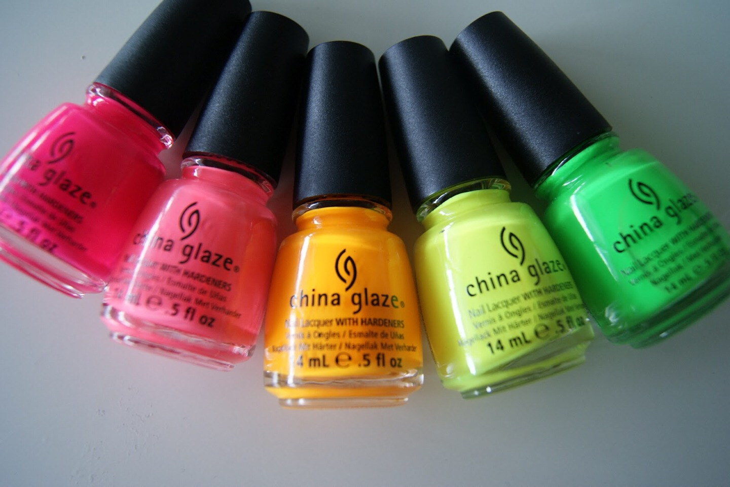 NEON! Neon nails are for those bright and bold girls!