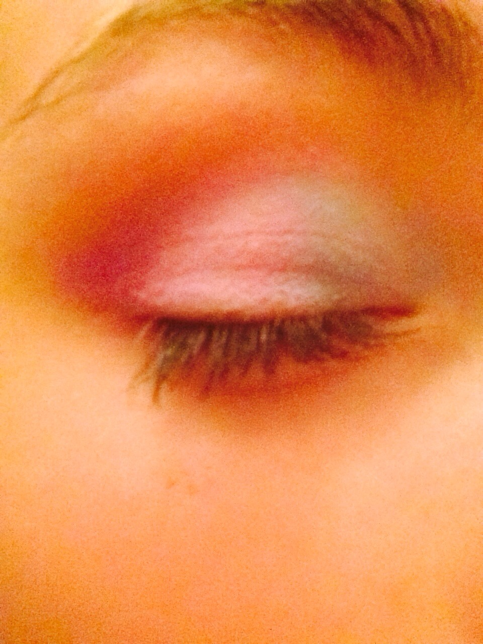 Quick And Easy Spring Eyeshadow Look By Roisin Bown