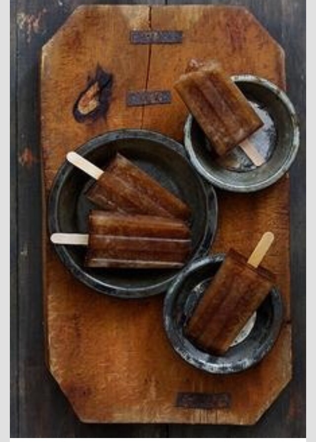 This is so simple,easy and it will be a treat for your friends and family! Just add 2 1/2 cps of coke,1/3 cp Capitan Morgan spiced Rum,1/3 cp Kahlua! Don't you want this for the summer??