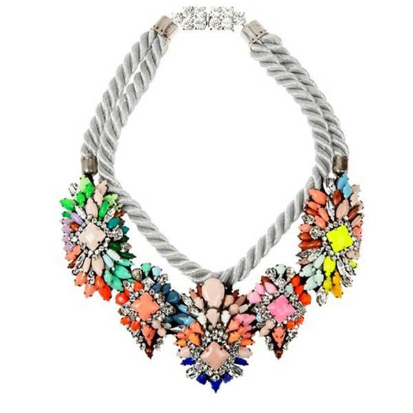 Add Accessories. Black and white? You will catch nobodies attention. Add some colour splash to it. try a colour necklace, not too big, don't make it overwhelming. Some small bracelets or a watch that match.