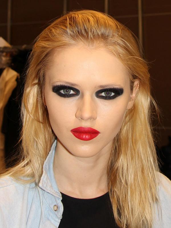 Unnatural or to much makeup is a big turn off. if you want to wear makeup keep it simple and natural looking. Maybe just add a slight bit of color on the eyes or something to give a slight POP effect.
