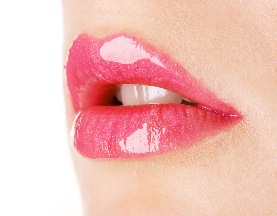 keeping your lips healthy and beautiful is hard, by using these few steps you will have smooth, healthy and georgous lips