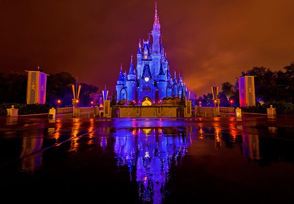 """When you leave the park after closing time, pay attention to the castle. You may get to see the """"kiss goodnight""""!😘"""