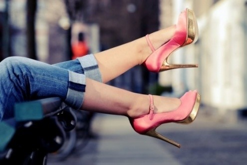 #15. Jeans + heels = sexy woman.