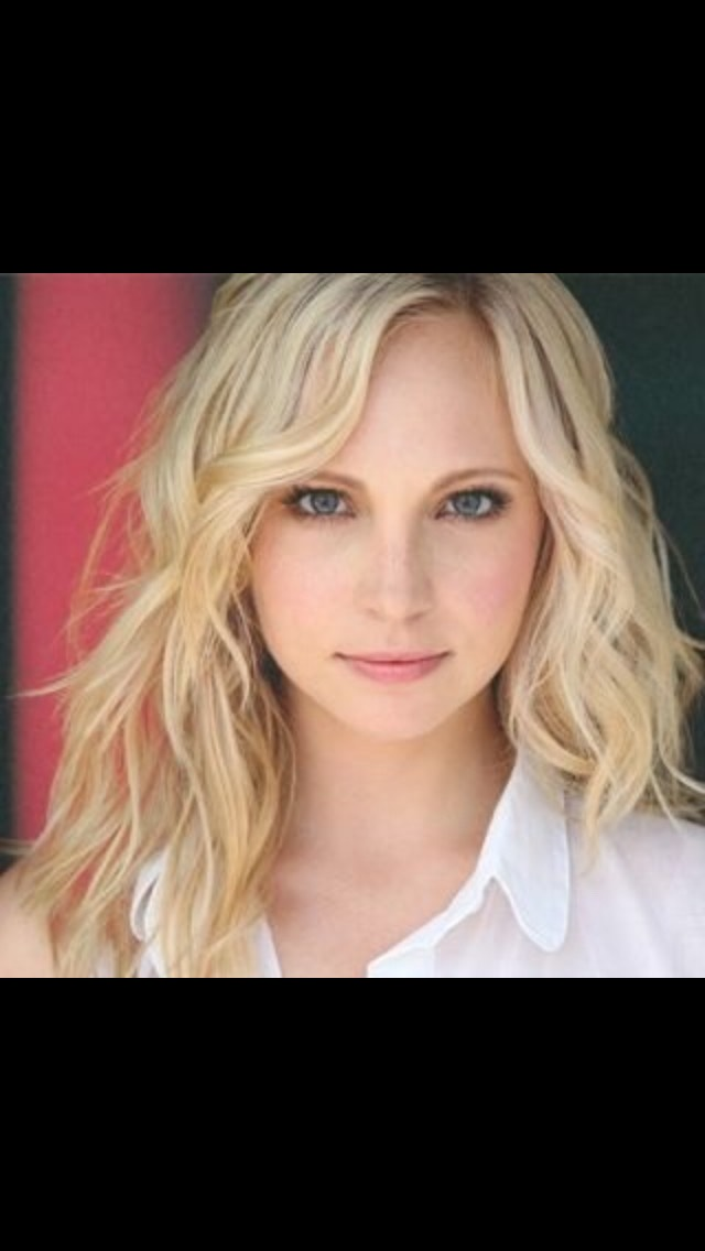 Comment 1 for Candice Accola aka the beautiful girl in the photo