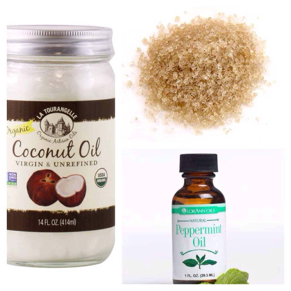 Simply add coconut oil, raw sugar and peppermint oil together!