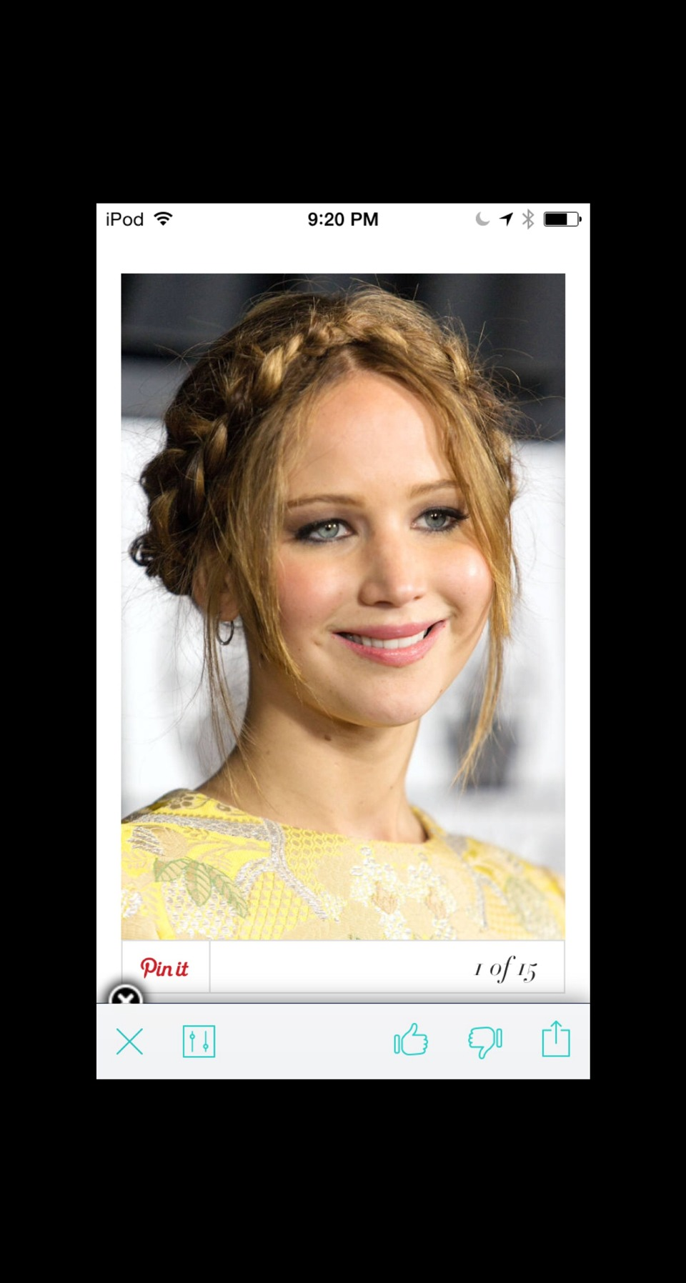 Crowning Glory Jennifer Lawrence nails the classic crown braid by pulling out a few face-framing tendrils to create a more casual look. There are many different kinds; pull up the bangs, further back on your head, one braid across your head like a hair band and multiple small braids!