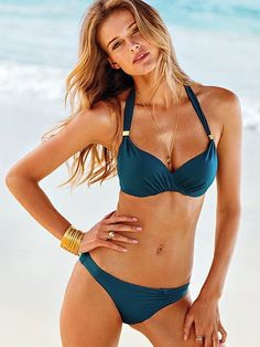 For larger busted girls, bathing suitswith thick straps, and cups with underwire are better for support.