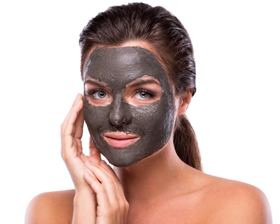 Dead Sea Mineral Mud Skin Benefits: