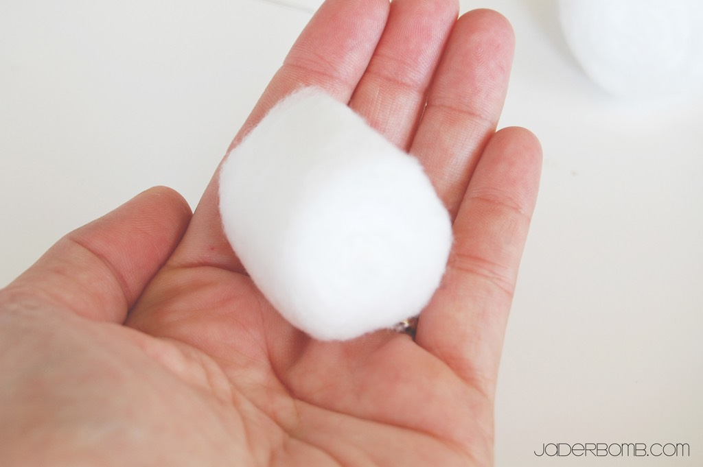 First you will need cotton balls for every finger