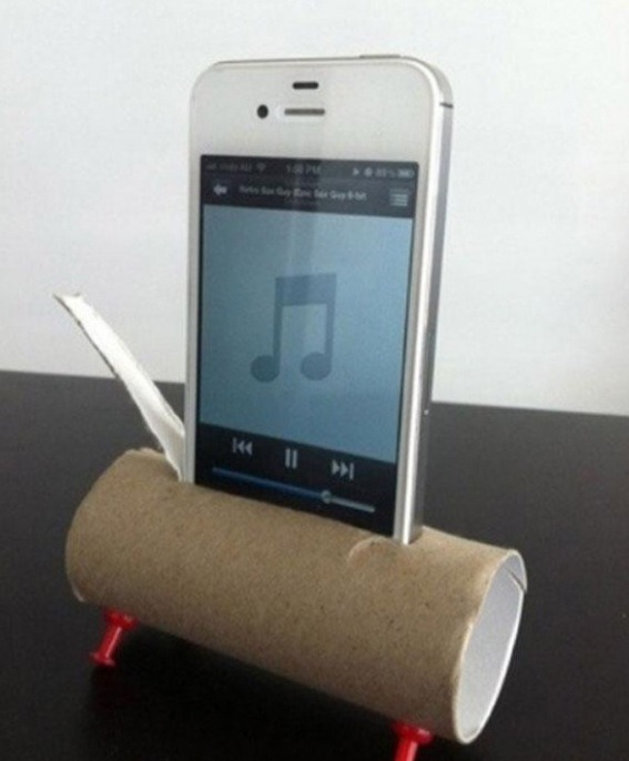 Use a toilet roll tube and drawing pins to make a quick easy and cheap speaker for your phone or iPod
