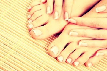 Get A Perfect French Manicure:  I love French manicures, but they can get so expensive now a days. And the stick on nails are just a waste of time! So why not do them at home? Because they look horrible! So here is a tip that will get you a perfect French manicure, without spending a lot of $$.