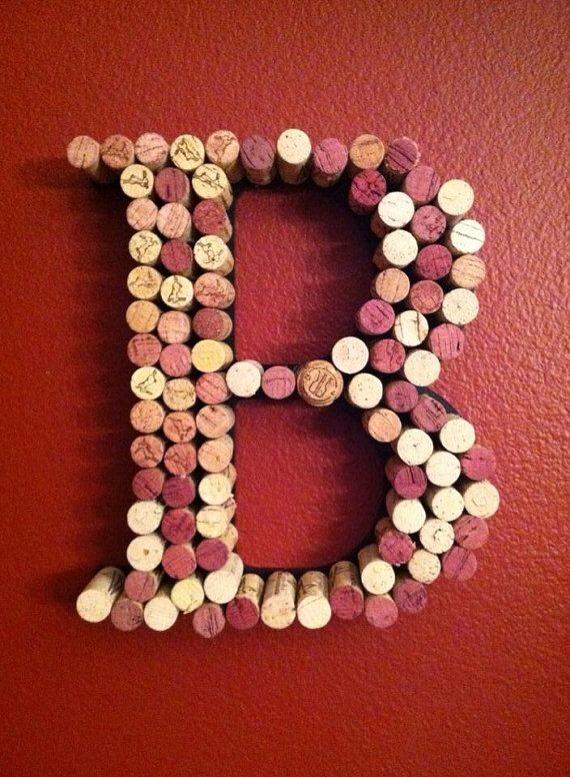 --> DIY Wine Cork Letters.