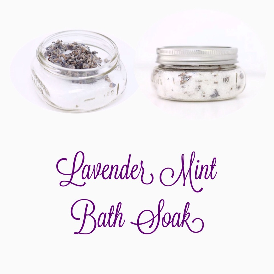 This lavender mint bath salts recipe is perfect for softening skin.  FOUND ON |  http://julieblanner.com/homemade-bubble-bath/