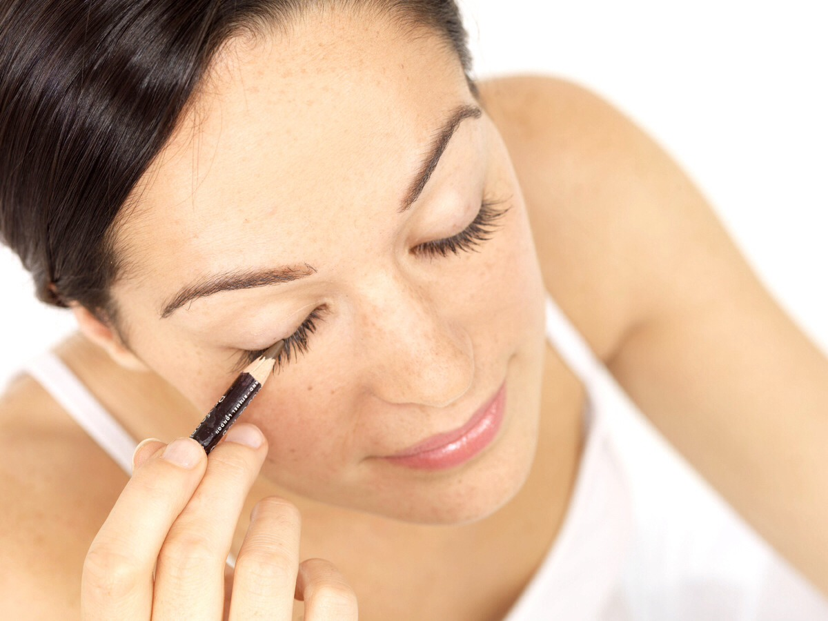 Put Vaseline on your eyelids before you put your eyeliner on so you can remove it easier.