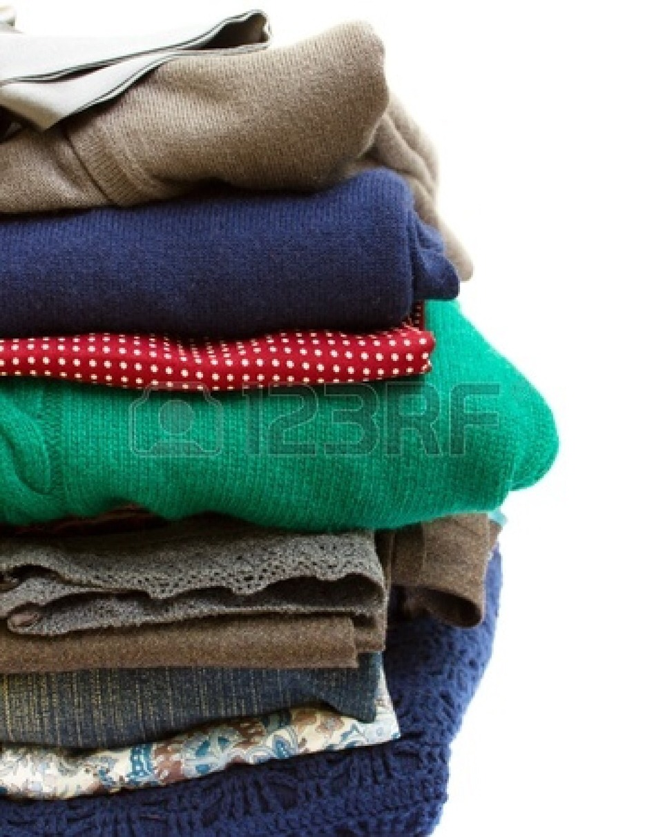 3.) TRY TO SEPARATE YOUR CLOTHES  INTO OUTFITS FOR THE NUMBER OF DAYS YOU ARE GOING TO BE GONE!