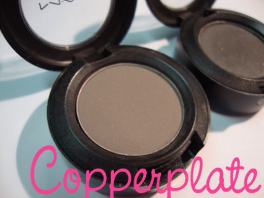 Copperplate  The matte texture is super soft and highly pigmented, which makes this eye shadow easy to blend. The beautiful warm grey with a slightly mauve undertone works brilliantly well with black, brown and silver.