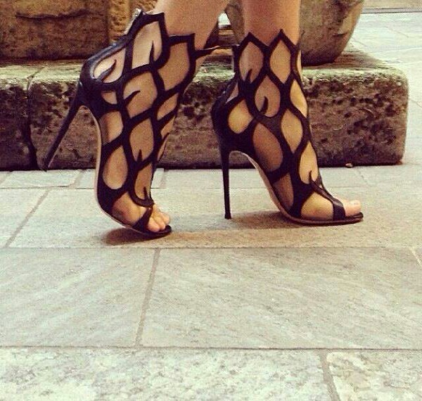 latest summer fashionable heels