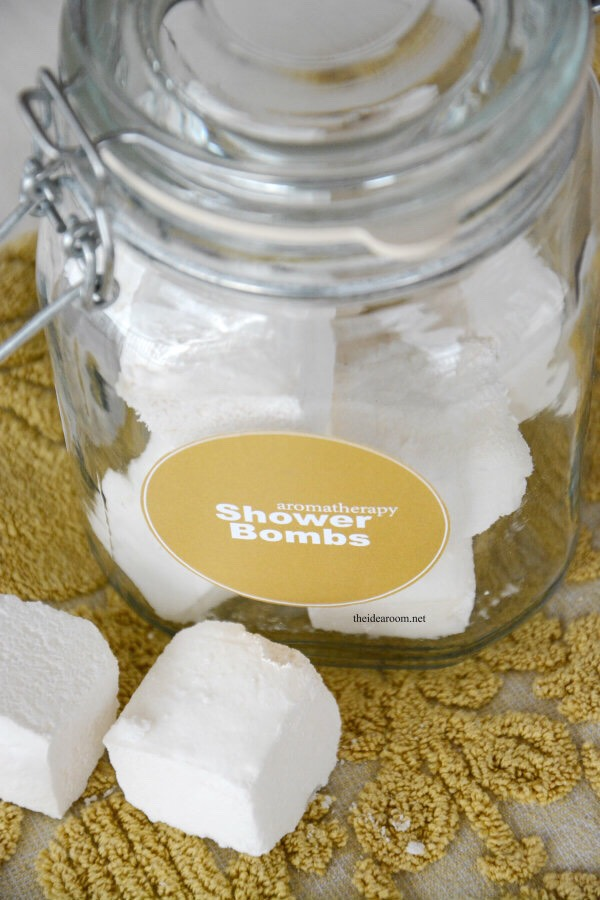 Here's how to make aromatherapy shower bombs!