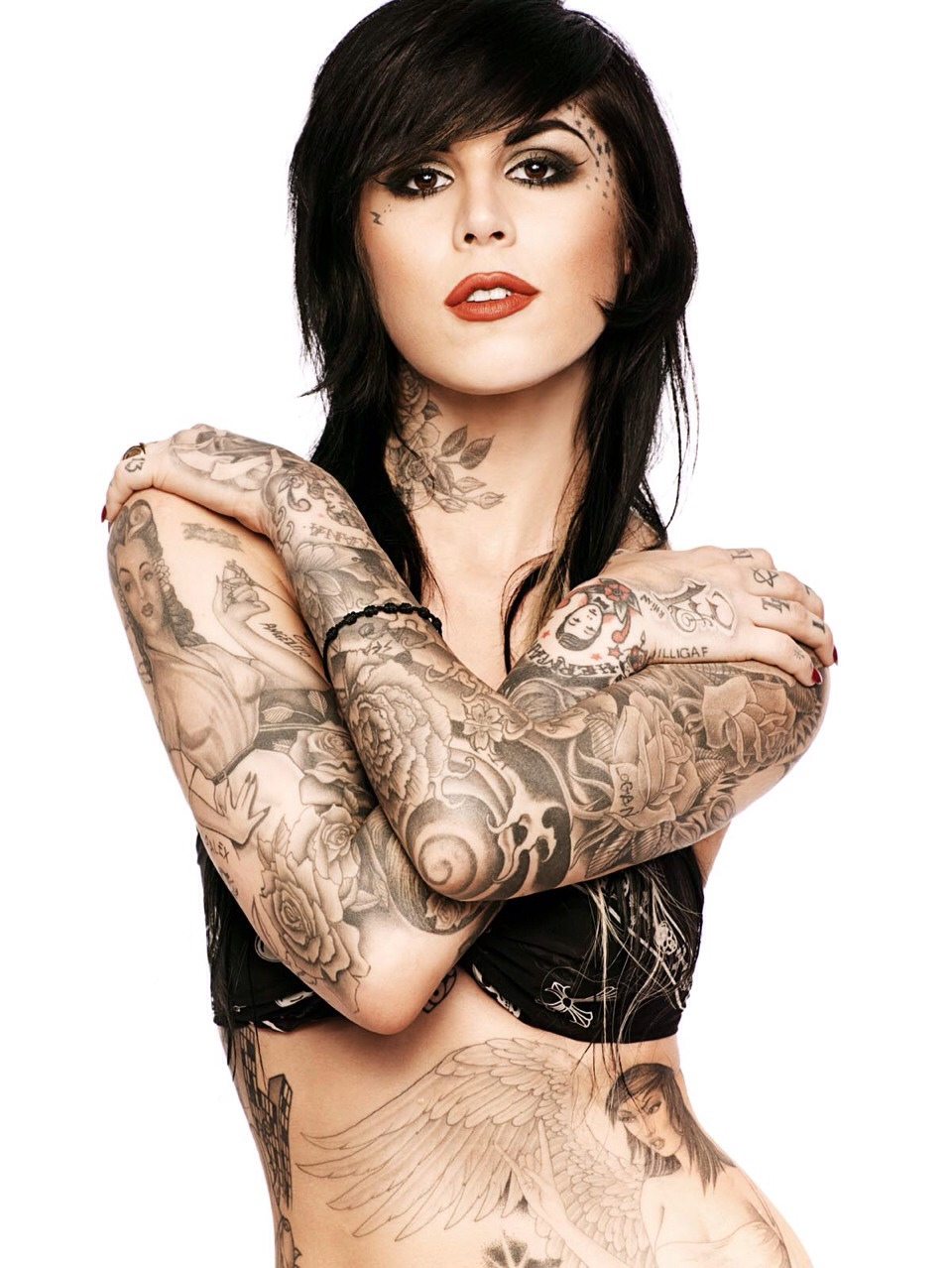Many of you have heard of kat von d right? Well which launching her foundation and concealer at sephora which she made to give normal coverage and cover tattoos she decided to do this
