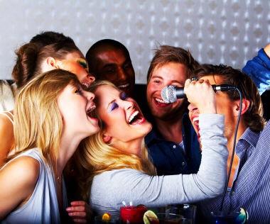 Sing karaoke together.🎶🎤🎧