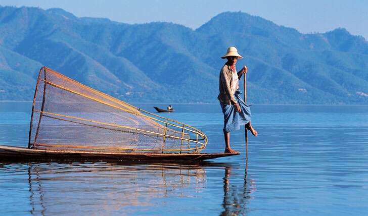 The next option is to Inle lake which is located in Taungyi The natural lake is quite breathtaking and you'll see that people there row the boat using their legs, not hand  Stay in a hotel on the water for cheap  A must do: have a boat ride, souvenirs and take good pictures😉
