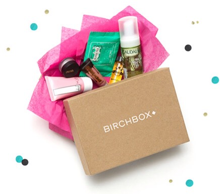 Birchbox // $10 a month or $110 yearly  Subscribe to Birchbox: https://www.birchbox.com/invite/sedgemanj 💄💋  Save 25% right now subscribing with this code: ➡️ SAYYES25WFV463 ⬅️  Or get 50 points (worth $5) and free shipping when you subscribe: ➡️ SUBSCRIBENOW50 ⬅️