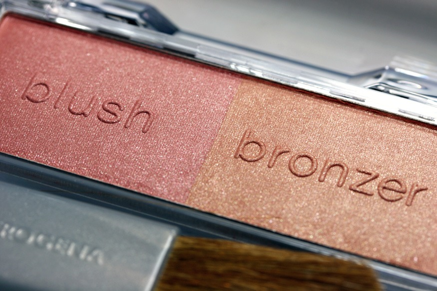 BLUSH OR BRONZER  Throw out after 18 months